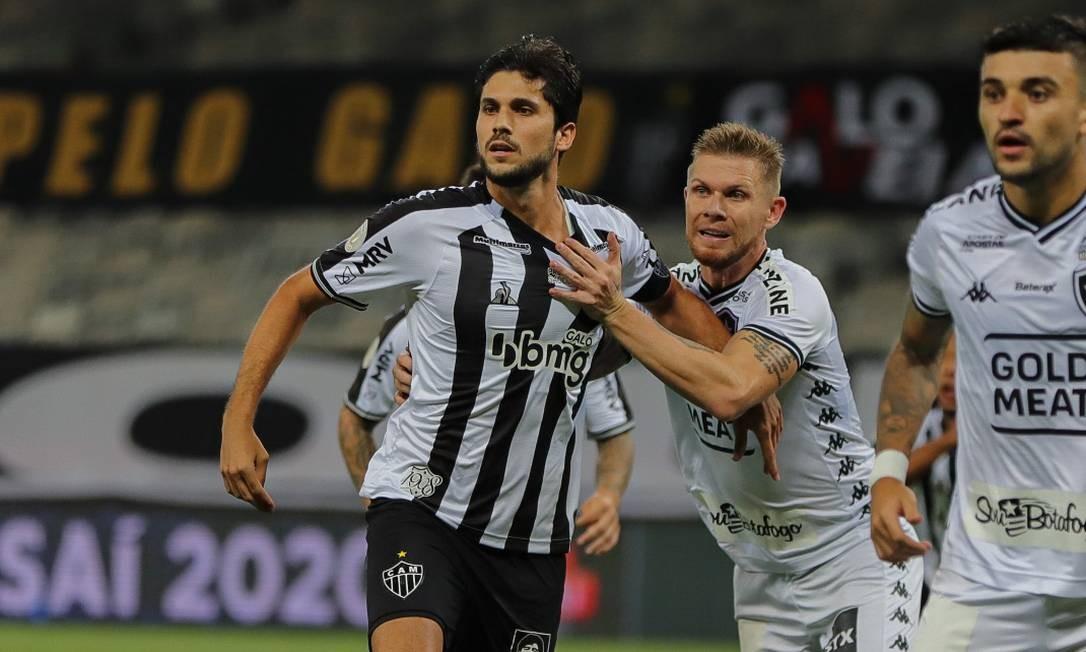 Botafogo perde para o Atlético-MG e segue à deriva no Brasileirão