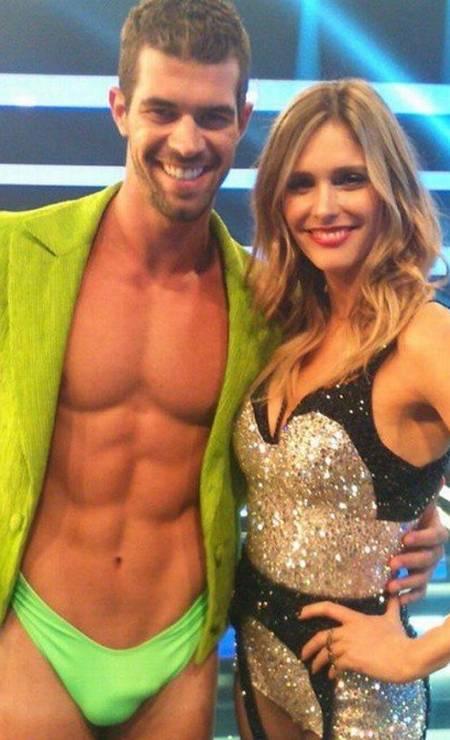 O ator Bruno Miranda com a apresentadora Fernanda Lima Foto: Reprodução