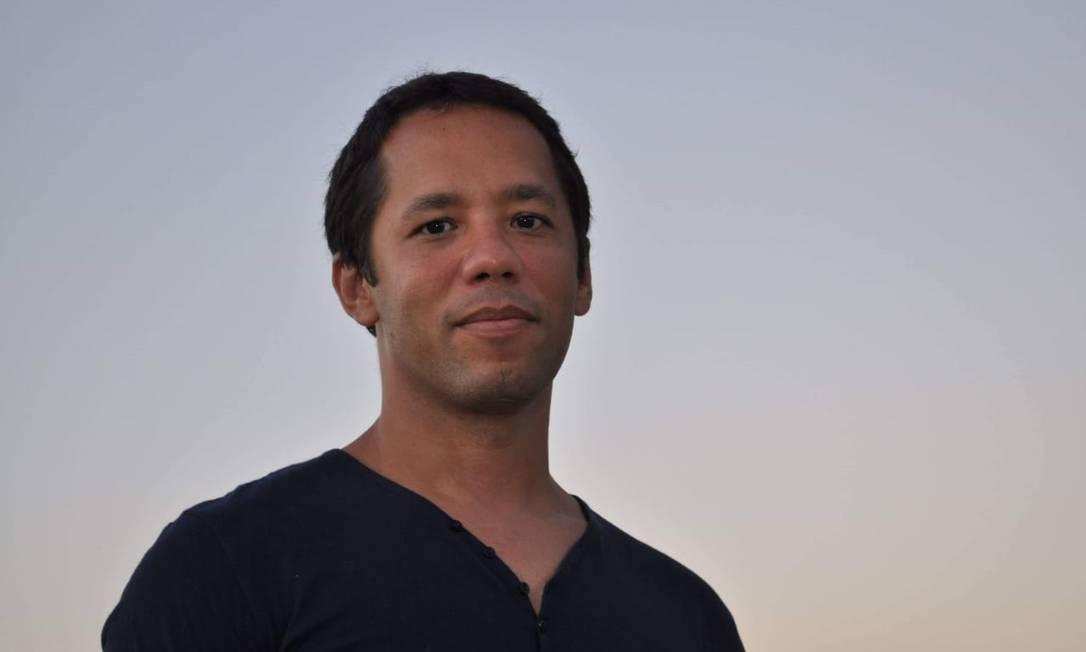O escritor baiano Itamar Vieira Júnior, vencedor do Prêmio Jabuti de melhor romance por 'Torto arado' Foto: Divulgação