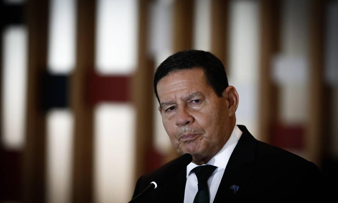 O vice-presidente Hamilton Mourão participa de entrevista coletiva no Itamaraty Foto: Pablo Jacob/Agência O Globo/03-11-2020