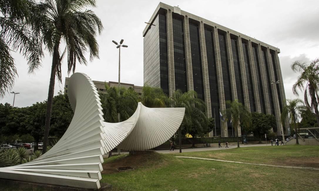 Prefeitura do Rio de Janeiro, na Cidade Nova Foto: Guito Moreto / Agência O Globo