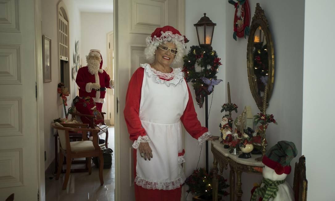 Apaixonada pelo Natal, Norma Ferrone, de 69 anos, vai diminuir a festa em 2020 Foto: Guito Moreto / Agência O Globo