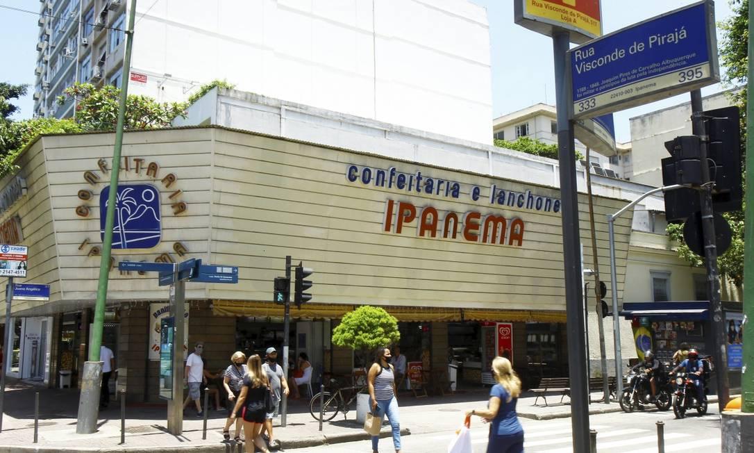 Morador de rua morreu dentro da Confeitaria e Lanchonete Ipanema Foto: Guilherme Pinto / Agência O Globo