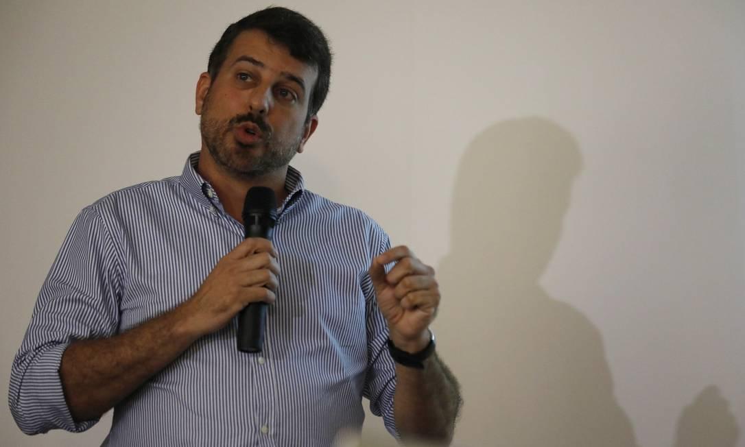 Daniel Soranz, durante coletiva de imprensa nesta segunda-feira Foto: Luiza Moraes / Agência O Globo