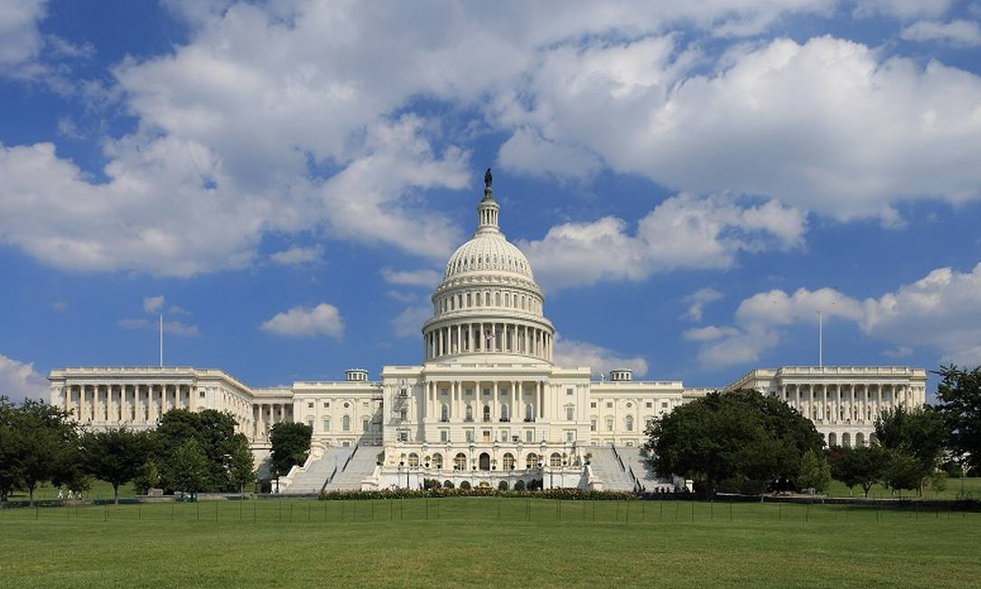 O Capitólio, sede do Congresso americano Foto: Martin Falbisoner / Arquivo