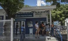 UPA de Madureira, na Zona Norte, é uma das cinco consideradas inaptas nesta quinta-feira pela própria Secretaria municipal de Saúde do Rio para receber novos pacientes Foto: Guito Moreto