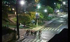 Bandidos fortemente armados usaram moradores como reféns para circular pela cidade de Cametá, no Pará Foto: Reprodução Twitter
