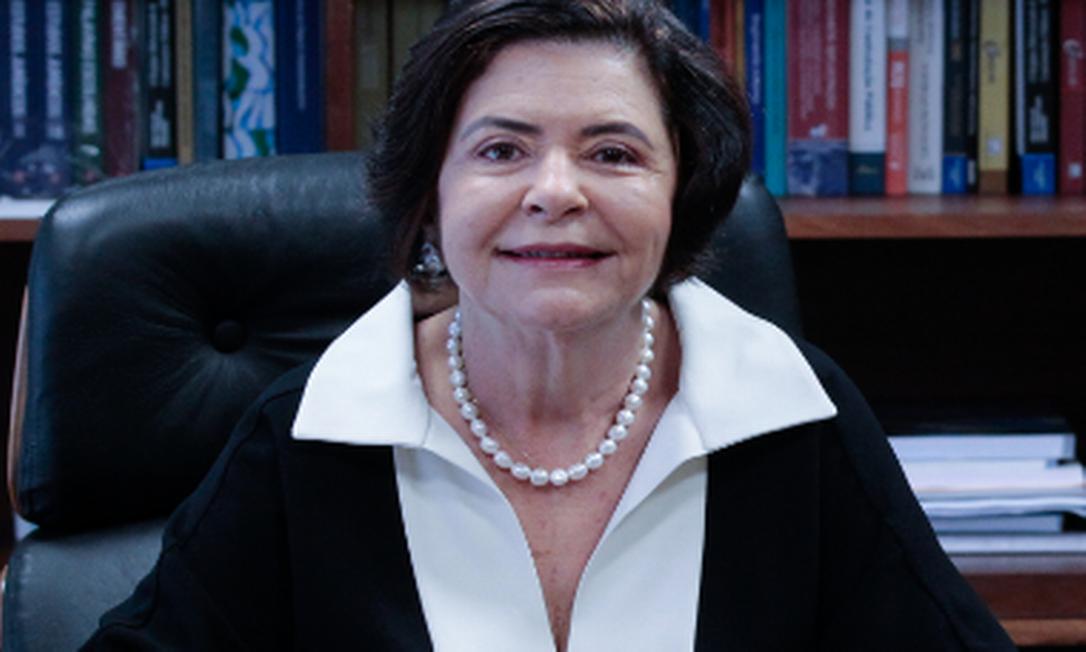 Presidente do TCU, Ana Arraes, acatou pedido para afastar auditor que seria autor de documento citado por Jair Bolsonaro Foto: Reprdoção/site TCU
