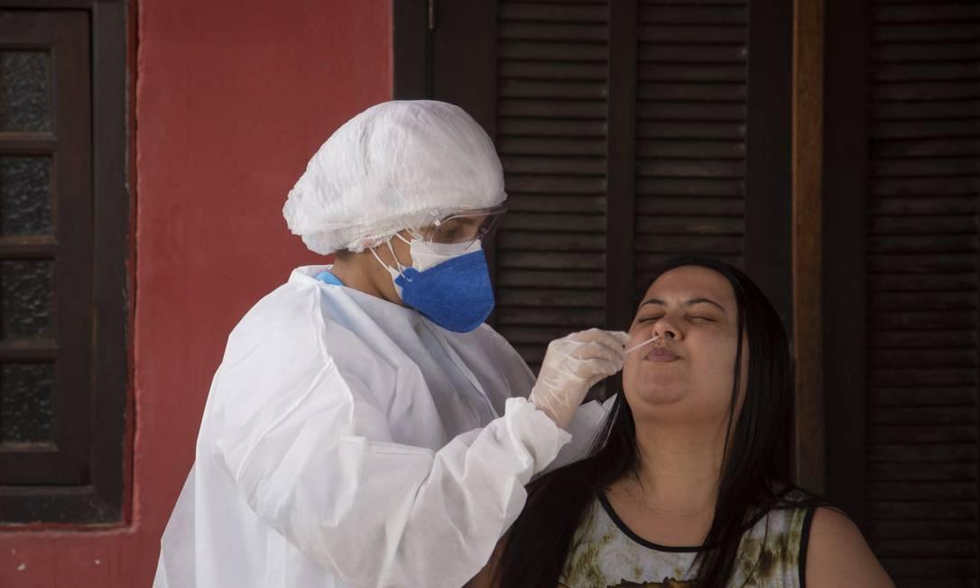 Maricá faz testatgem em massa contra Covid-19 Foto: Gabriel Monteiro / Agência O Globo