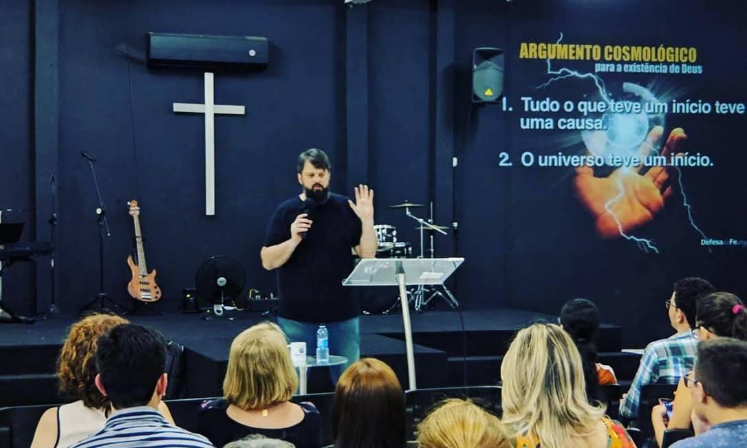 Pastor Tassos Lycurgo, em pregação na igreja Defesa da Fé Foto: Reprodução/Redes Sociais