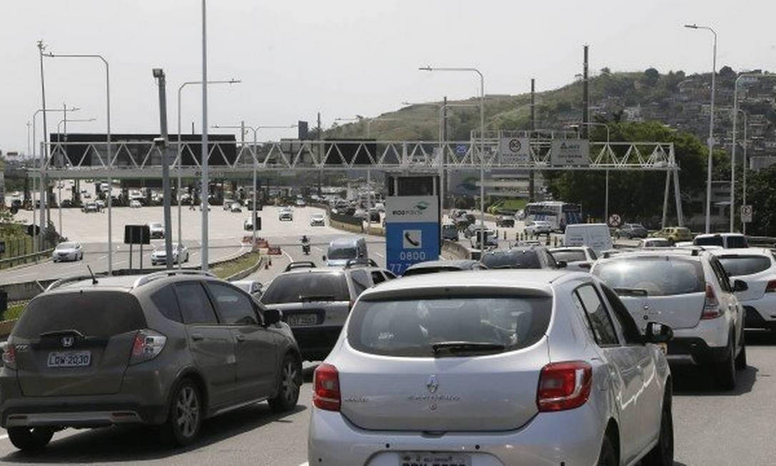O pagamento em cota única do IPVA dá direito a desconto de 3% Foto: Antonio Scorza / / Agência O Globo