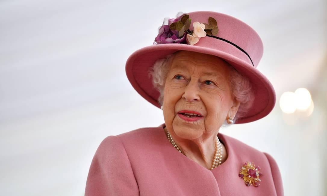 Rainha Elizabeth II faz parte do grupo prioritário para receber vacina contra a Covid-19 desenvolvida pela Pfizer em parceria com a BioNTech. Foto: Ben Stansall / REUTERS
