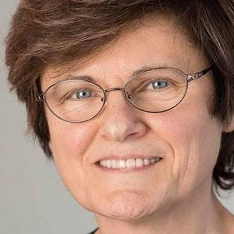 A cientista húngara KatalinKarikó, cuja pesquisa possibilitou o desenvolvimento da vacina da Biontech Foto: Reprodução/ Facebook