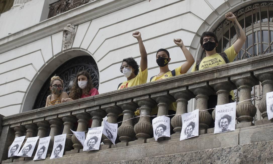Anistia Internacional faz uma manifestação pelos 1.000 dias do assassinato de Marielle Franco Foto: Márcia Foletto / Agência O Globo