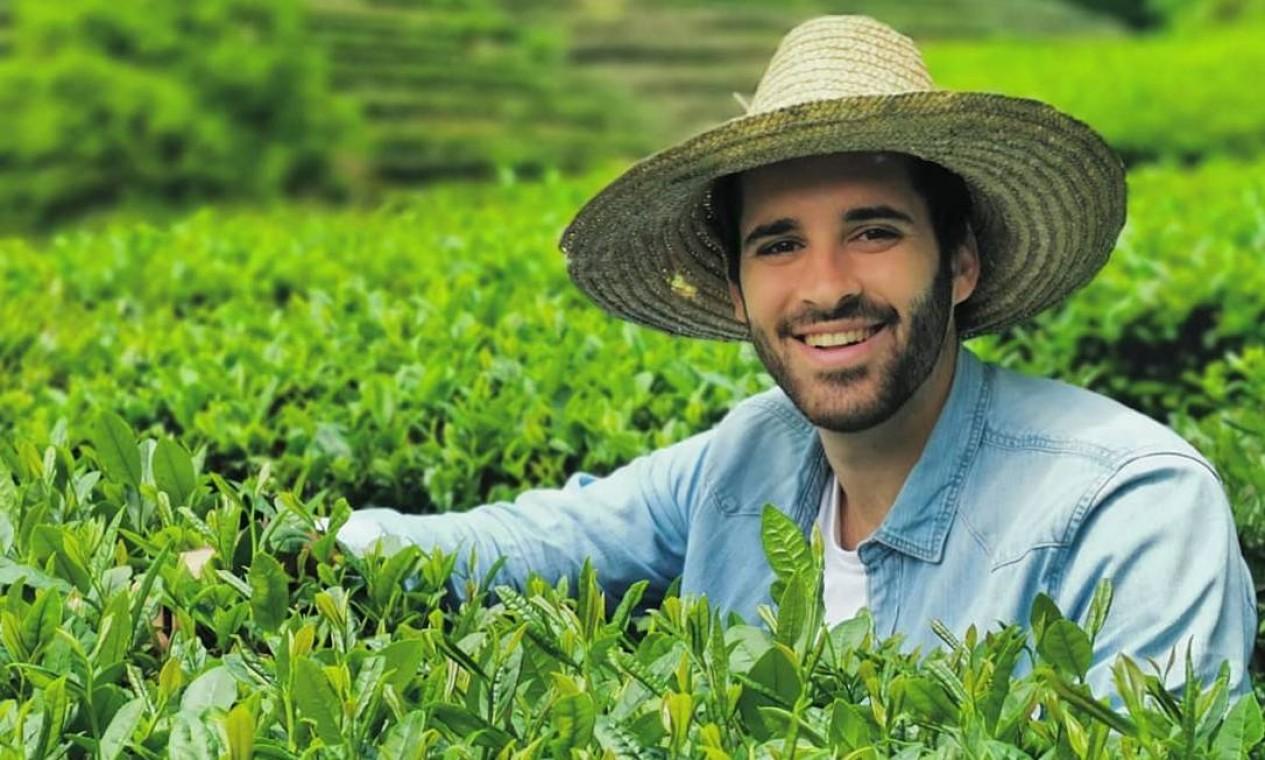 O advogado Eduardo Cavaliere, de 26 anos, foi escolhido por Eduardo Paes para comandar a Secretaria municipal de Meio Ambiente Foto: Reprodução / Instagram