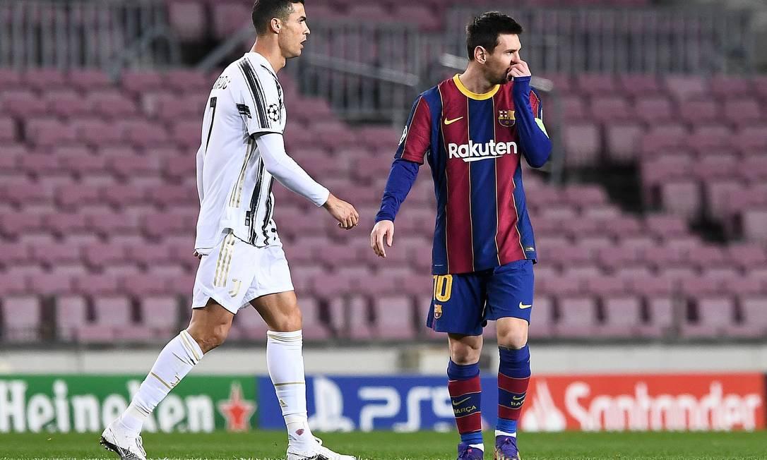 O capítulo 36 dos encontros entre Cristiano Ronaldo e Messi Foto: JOSEP LAGO/AFP / AFP