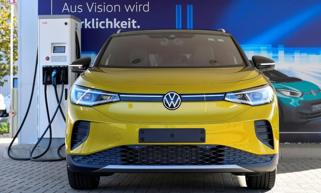 ID.4: Volkswagen aumentou em 50% sua projeção de venda de carros 100% elétricos até 2025 Foto: Matthias Rietschel / Reuters