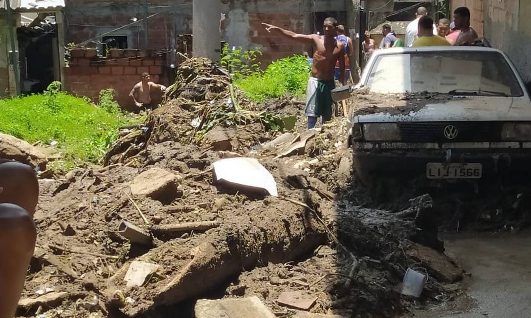 Moradores da Grota visualizam estrago provocado pela chuva do último dia 7 Foto: Divulgação / Espaço Cultural da Grota