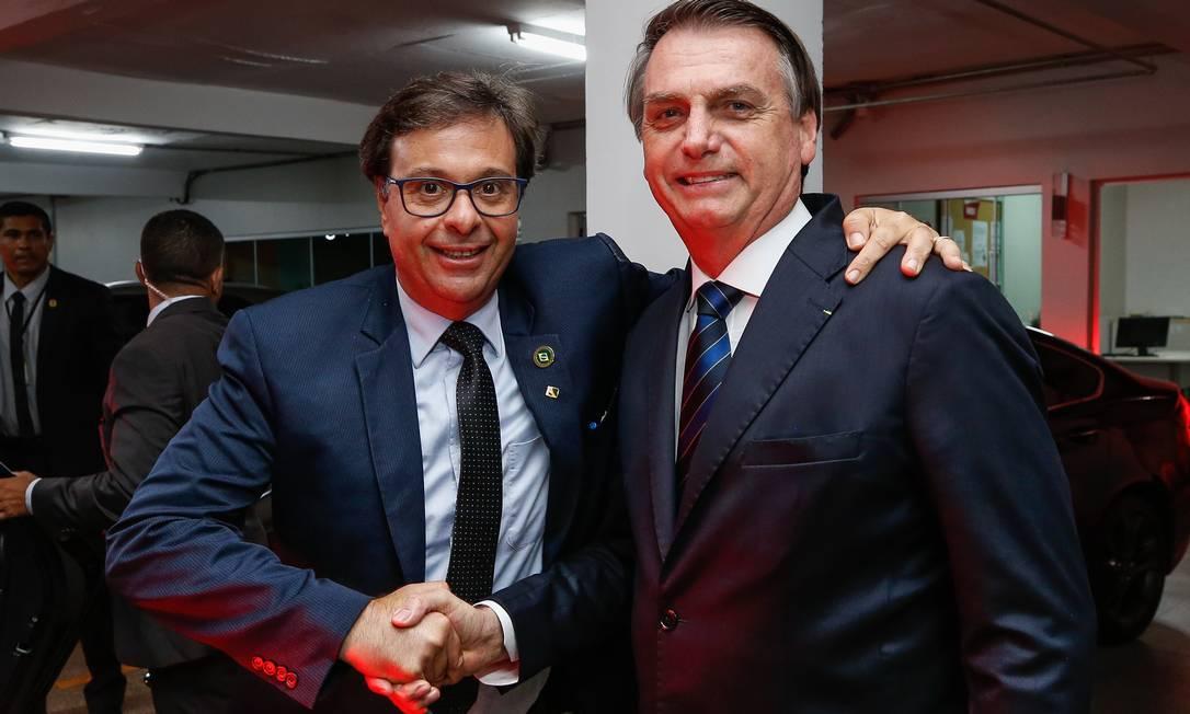 Presidente Jair Bolsonaro e o novo ministro do Turismo, Gilson Machado Neto Foto: Isac Nóbrega /PR