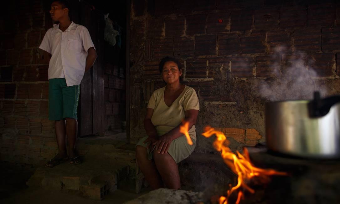 Famílias das classes D e E voltaram a sofrer com insegurança alimentar Foto: Daniel Marenco / Agência O Globo