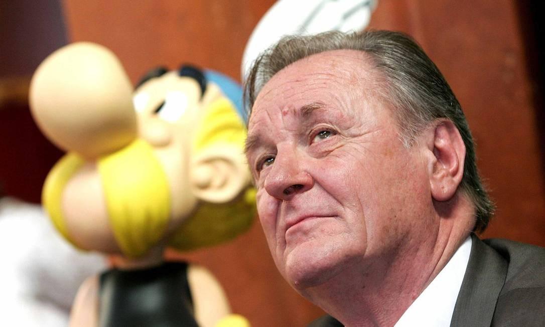 Um dos criadores de Asterix e Obelix, o francês Albert Uderzo morreu aos 92 anos em decorrência de uma crise cardíaca, no dia 24 de março Foto: Yves Herman /