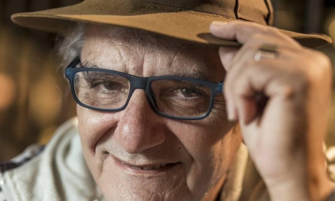 O poeta e letrista Jorge Salomão faleceu, aos 73 anos, no dia 7 de março, por complicações de uma úlcera no duodeno Foto: