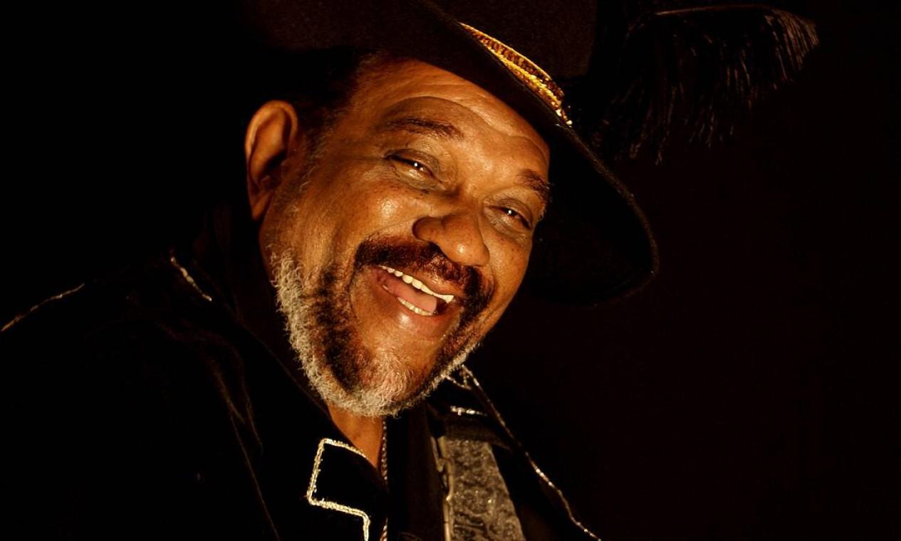 Gerson King Combo, estrela da soul music brasileira, faleceu em 22 de setembro, aos 76 anos. A causa da morte foi complicações da diabetes. Foto: