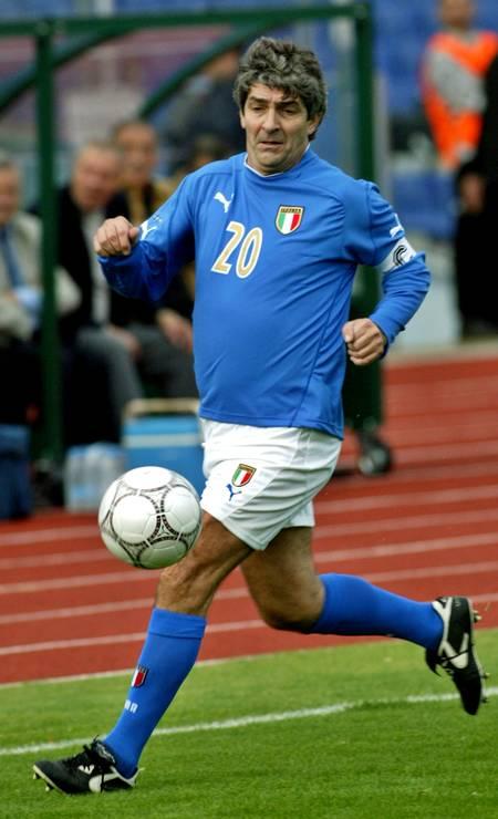 9/12 - Paolo Rossi. Campeão mundial pela Itália, aos 64 anos, de câncer no pulmão Foto: Oleg Popov / REUTERS