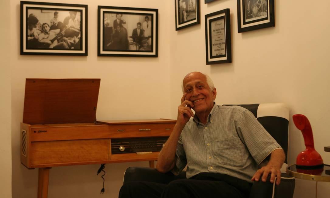 César Villela, o designer da bossa nova, morreu aos 90 anos, no dia 11 de dezembro, por causa de uma pneumonia Foto: Marco Antônio Cavalcanti / O Globo