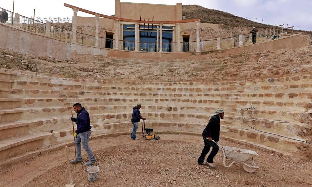 O teatro, com capacidade para cerca de 300 pessoas, construído entre 23 e 15 a.C., foi uma das descobertas mais impactantes na nova ala do Herodium Foto: MENAHEM KAHANA / AFP