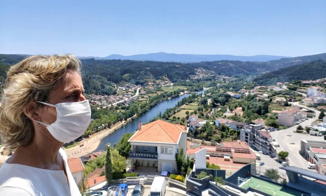 Ana Abrunhosa, ministra da Coesão Territorial de Portugal, percorre cidades do interior do país: uma série de incentivos foram criados para repovoar regiões distantes do litoral Foto: Divulgação