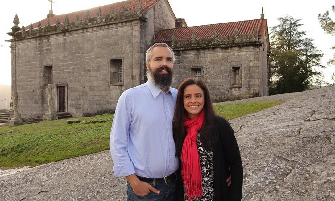Otávio Cyranka e Marina Perin em Póvoa do Lanhoso: trabalho remoto Foto: Karina Dantas/Divulgação