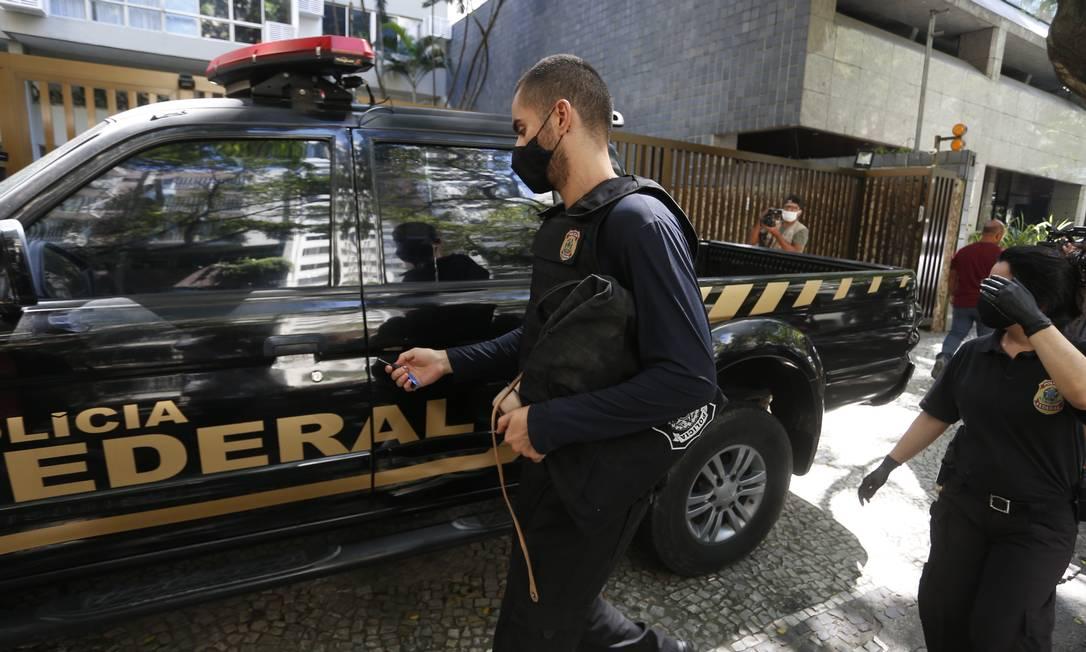 Operação da Lava-Jato no Rio no início de dezembro: força-tarefa tem extensão garantida somente até o fim de janeiro Foto: Fabiano Rocha / Agência O Globo