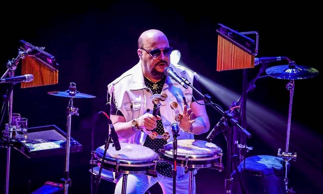 Paulinho, vocalista e percussionista do Roupa Nova, morreu de Covid-19, aos 68 anos, no dia 14 de dezembro Foto: Reprodução / Instagram