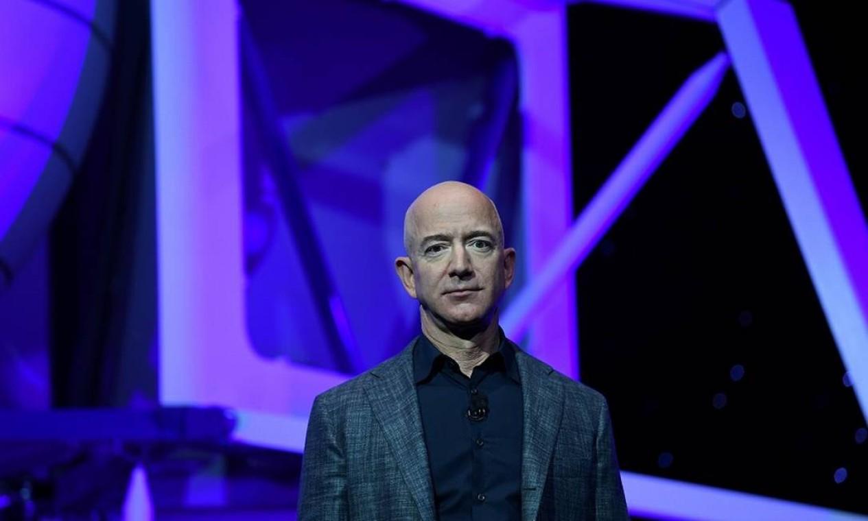 """""""Desde meus cinco anos de idade eu sonho em viajar ao espaço'', disse Bezos em um post no Instagram sobre o lançamento do New Shepard Foto: CLODAGH KILCOYNE / REUTERS"""