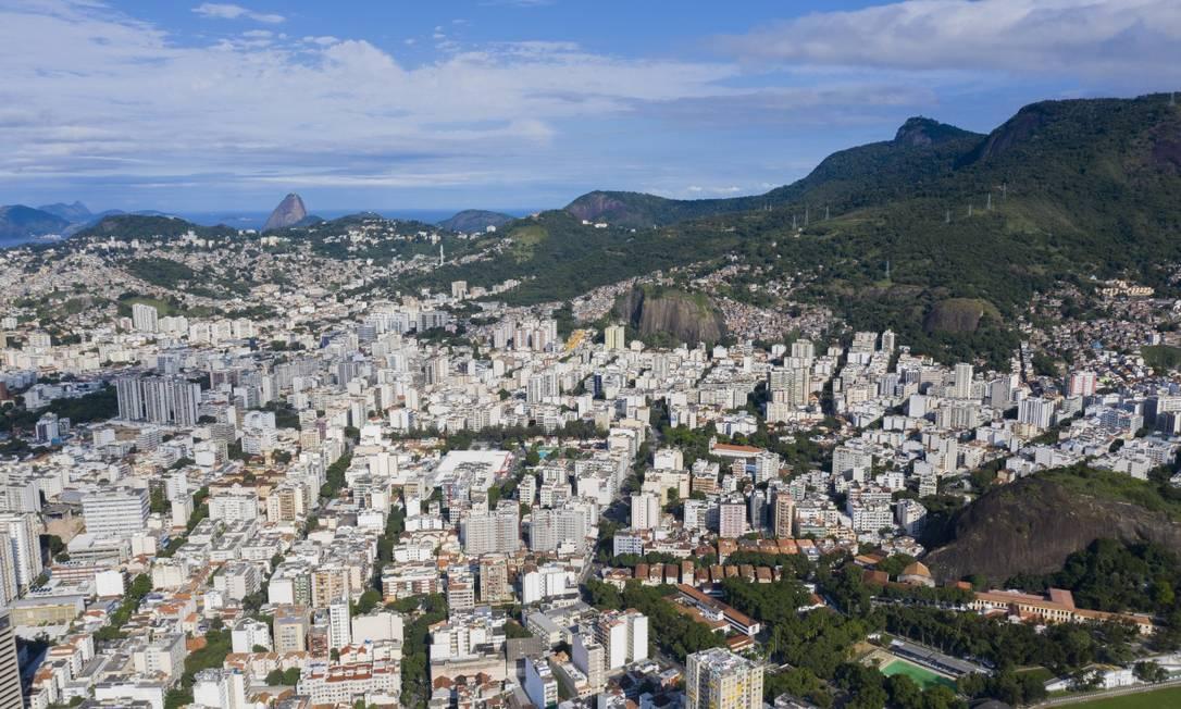 IPTU terá reajuste de 4,23% em 2021 no Rio Foto: Gabriel Monteiro / Agência O Globo