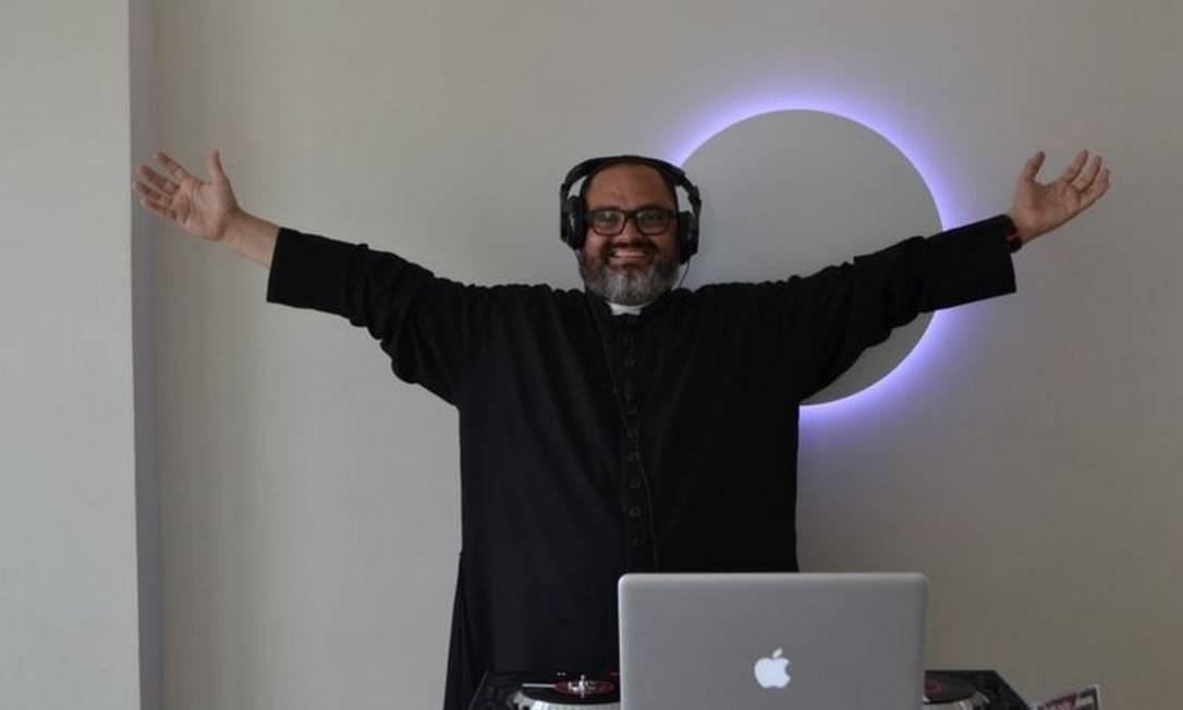 Zeton acredita que é possível usar seu talento musical para 'atrair os jovens para a Igreja' Foto: Divulgação