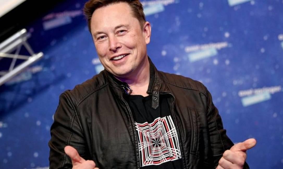 Elon Musk, agora, é o home mais rico do mundo na lista de bilionários da Bloomberg Foto: EPA
