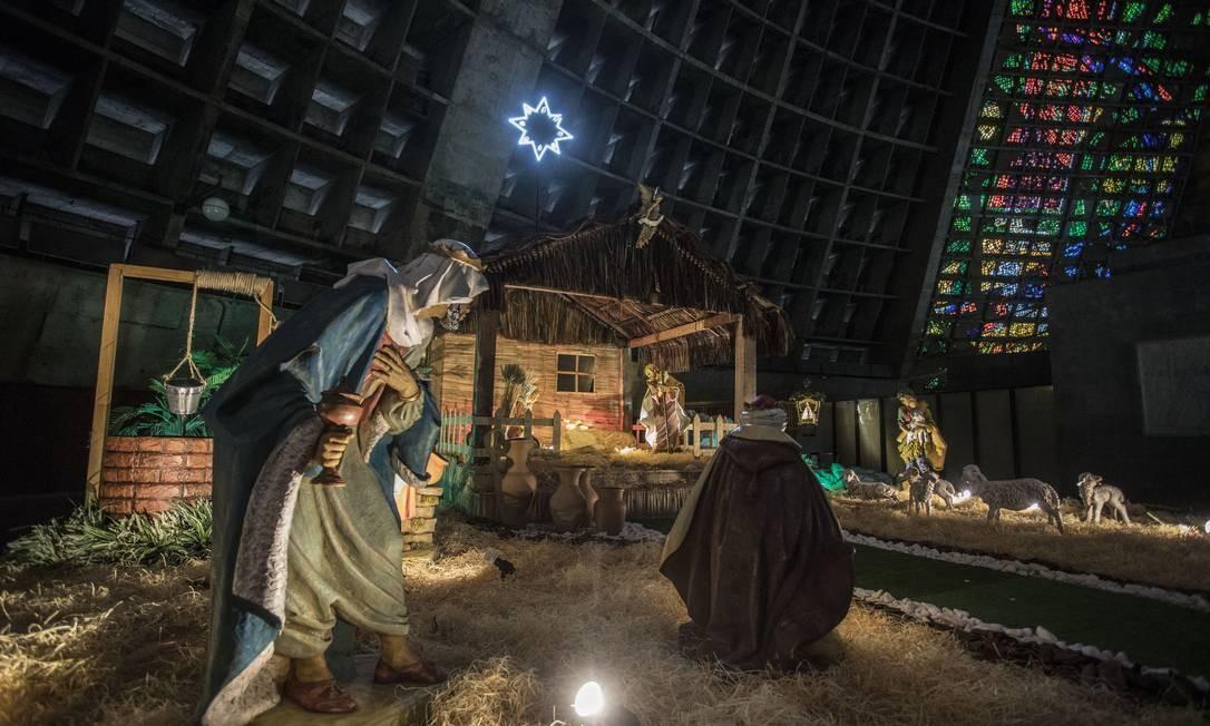 Detalhes do presépio da Catedral Foto: Ana Branco / Agência O Globo