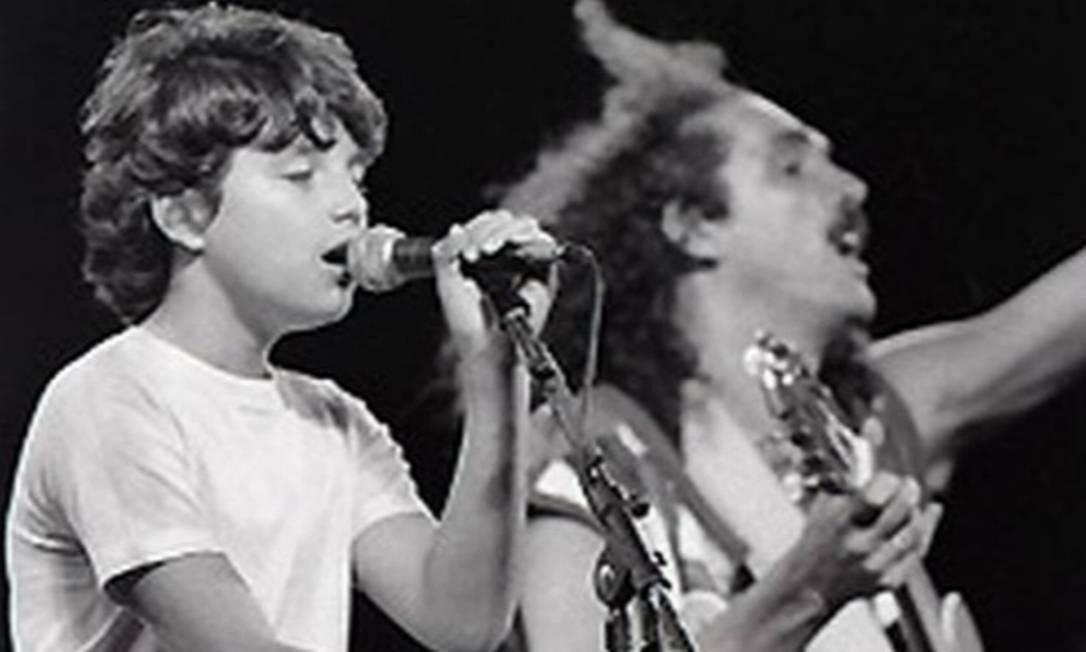Davi e Moraes juntos no palco do Rock in Rio, em 1985: o show entrou para a história da música brasileira Foto: reproduçãp