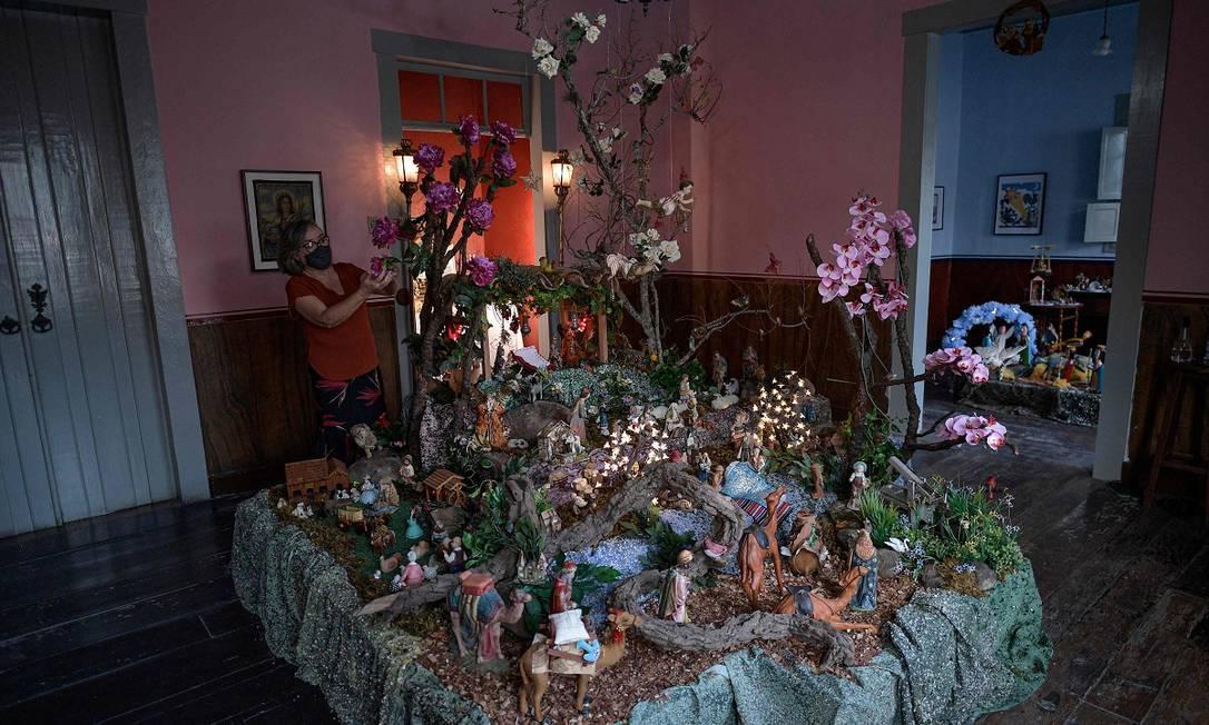 A casa de Maria Goretti é um dos destaques do circuito natalino de Santa Luzia, em Minas Gerais, com mais de 40 presépios Foto: DOUGLAS MAGNO / AFP