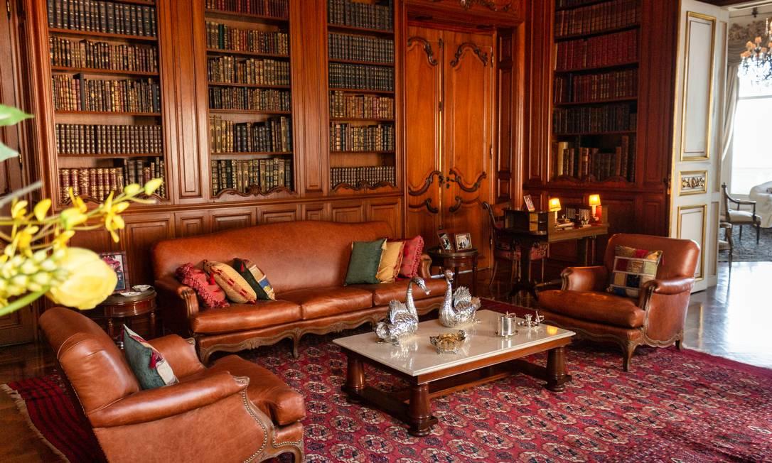 Esta antessala tem uma grande biblioteca Foto: Divulgação / HM Top Real Estate