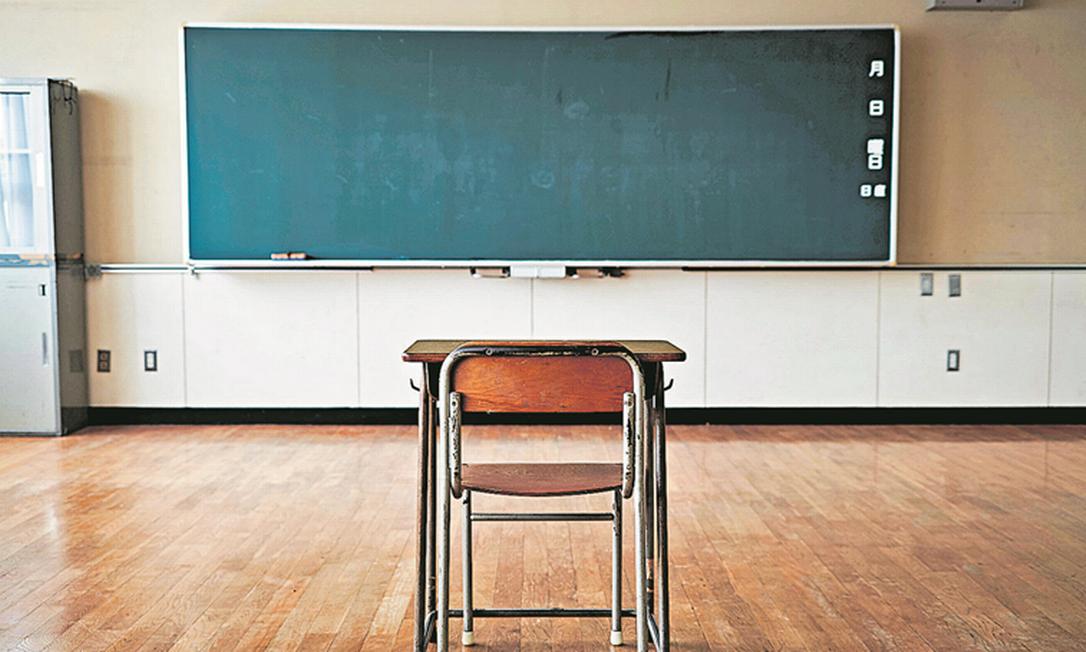 Depois da consolidação no ensino superior, especialistas acreditam que a crise gerada pela pandemia vai acelerar o processo de fusões e aquisições na educação básica Foto: Alamy Stock Photo