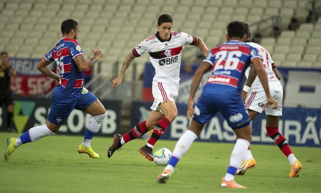 Pedro perdeu cobrança de pênalti, mas deu azar ao escorregar Foto: Alexandre Vidal/Flamengo