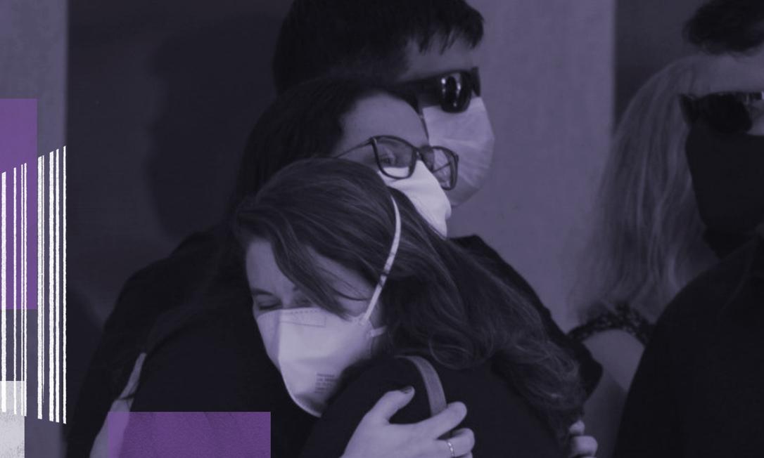 Parentes e amigos no velório da juíza Viviane, morta a facadas pelo ex-marido Foto: Márcia Foletto