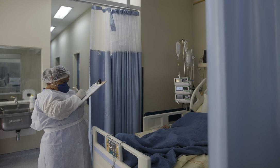 Na foto, UTI de Coronavírus do Hospital Universitáriio Pedro Ernesto, no Rio de Janeiro Foto: Márcia Foletto / Agência O Globo