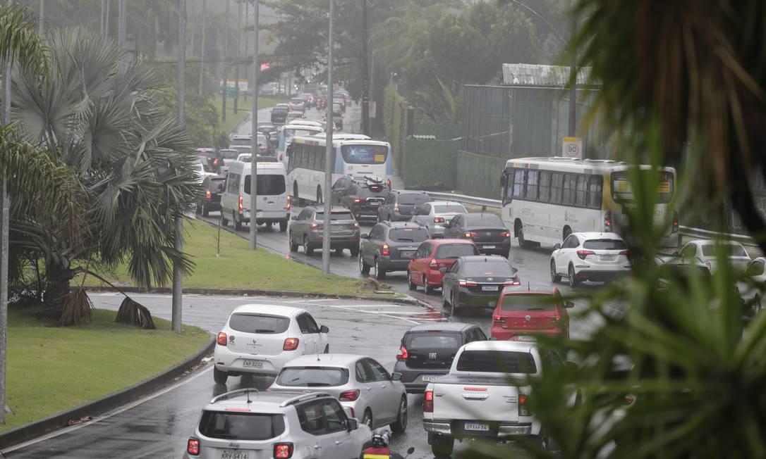 Automóveis nas ruas da Zona Sul do Rio Foto: Márcia Foletto/7-12-2020 / Agência O Globo