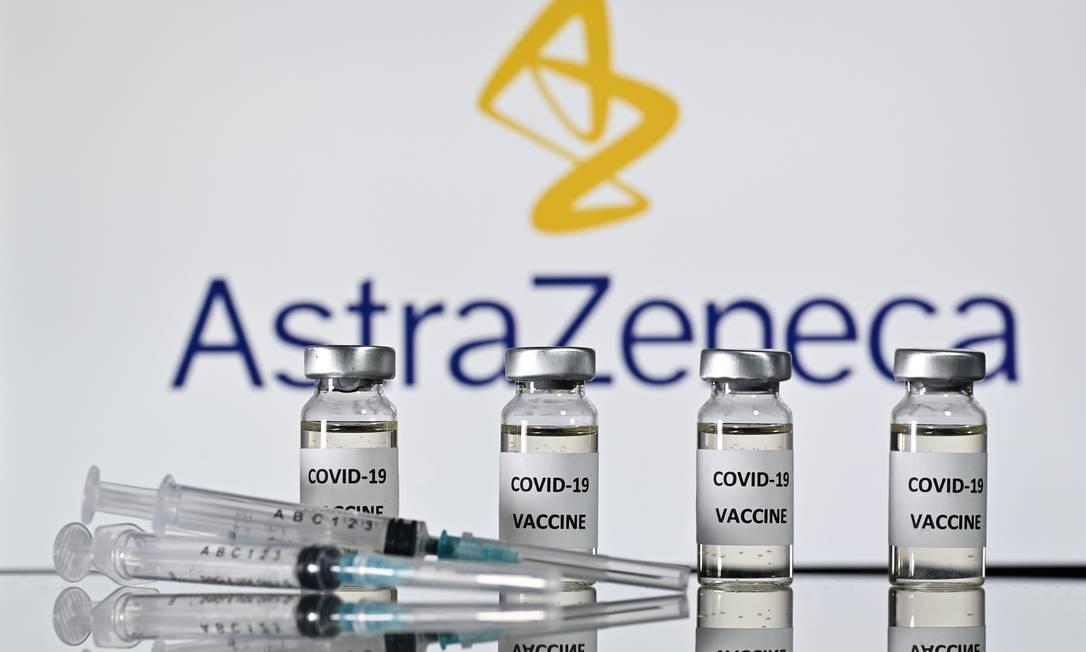 Vacina desenvovida por AstraZeneca e pela Universidade de Oxford contra a Covid-19 Foto: JUSTIN TALLIS / AFP