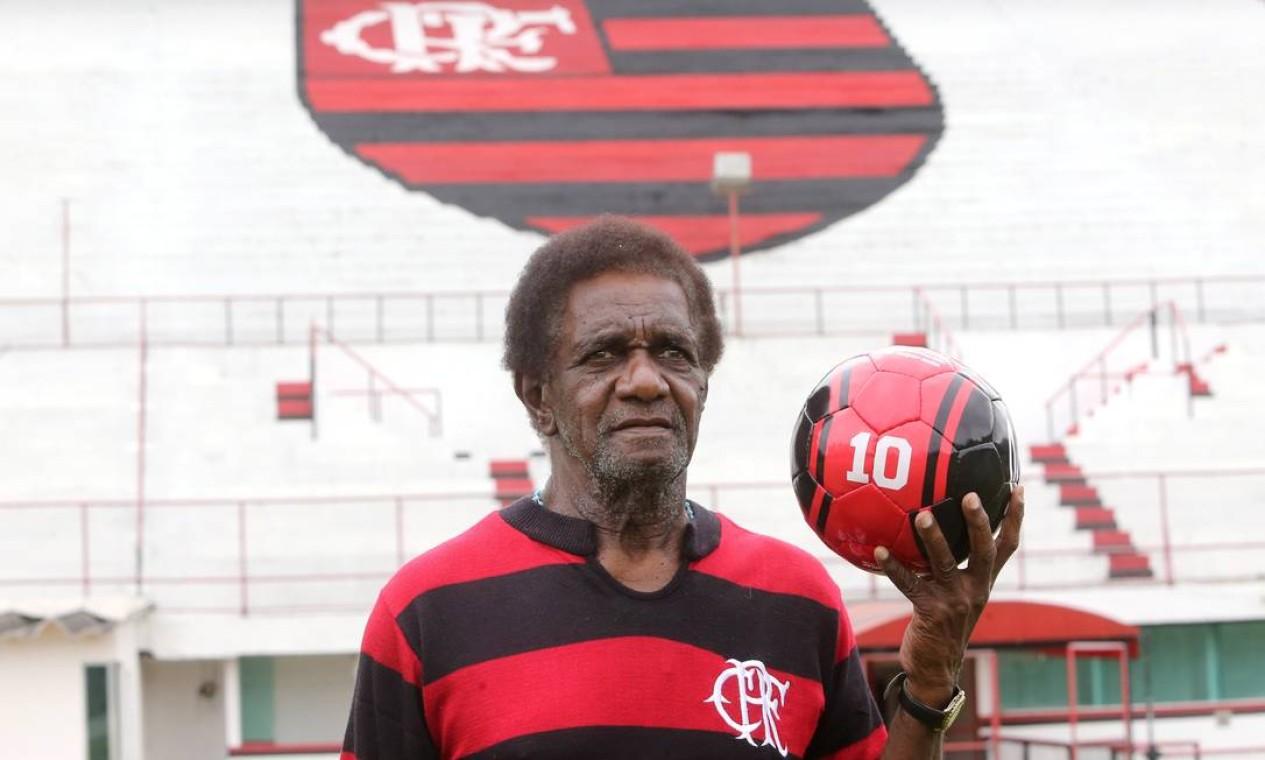 30/09 - Silva Batuta, ex-Flamengo, aos 80, de Covid-19 Foto: Guilherme Pinto / Agência O Globo