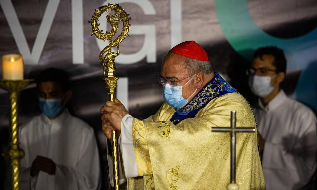 Arcebispo do Rio de Janeiro, Dom Orani Tempesta realizou a missa do alto do santuário Foto: Hermes de Paula